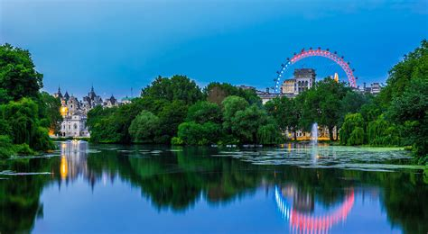 24/7 Apartment Hotels near St James's Park London with