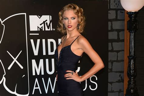 All The Sexiest, Weirdest and Most Turnt Up MTV VMAs