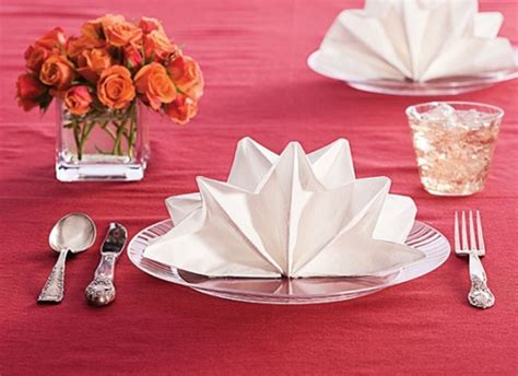 5 Creative Napkin Paper Folds For Your Holiday Table (Part