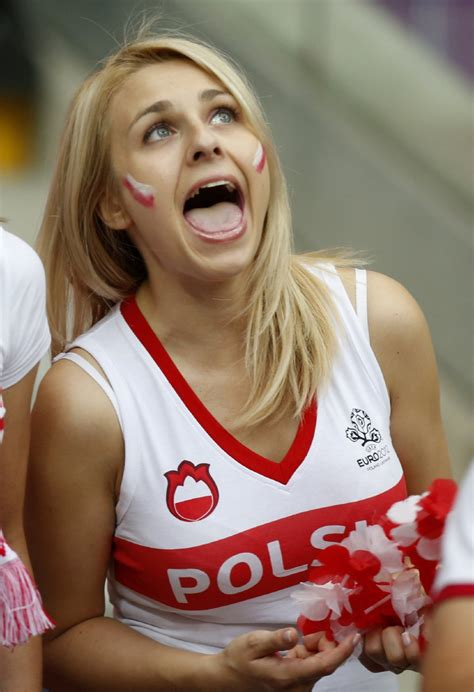 Soccer Euro 2012 Poland Russia » Who Ate all the Pies