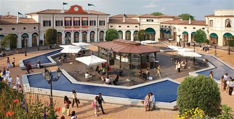 Outlets in Italy: the best deals for fashion shopping