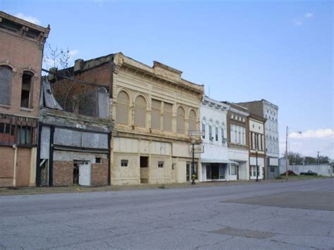 The Historic Ghost Town of Cairo, Illinois - Urban Ghosts