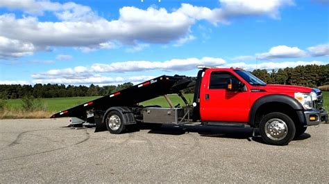 FORD F550 Super Duty with Vulcan Car Carrier Rollback Tow