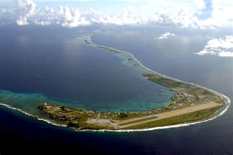 Dempsey visits strategic, remote Kwajalein Atoll | Article