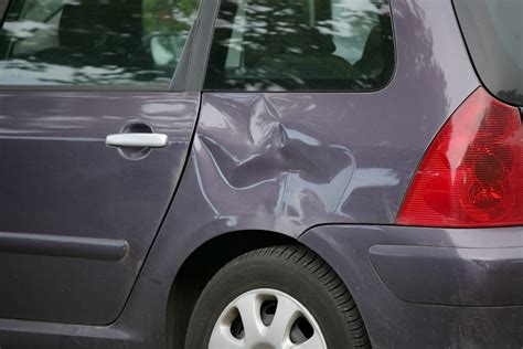 3 Reasons To Get Dents Repaired Quickly - BK Repair