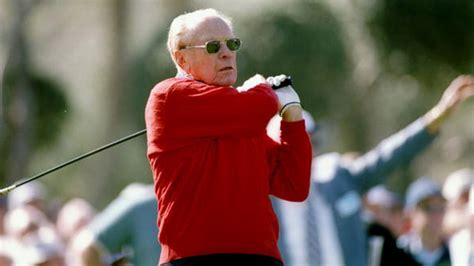 President Ford's golf clubs auctioned off   PGA