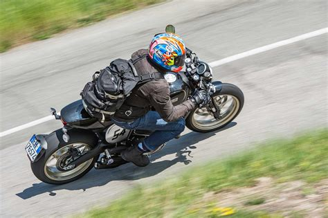 DUCATI SCRAMBLER 800 Cafe racer (2017-on) Review | MCN
