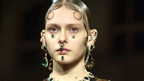 Decorative Septum Rings And Ear Stretching: Appreciation