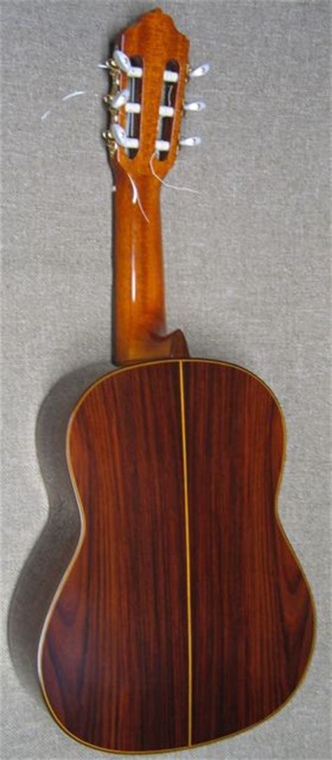 Octave Guitar, Made in Spain