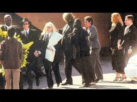 """Maurice Gibb Funeral - 2003 """"RARE""""   Bee gees, Barry gibb"""