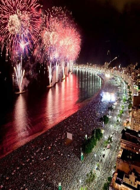 Best Places to Celebrate New Year's Eve – The WoW Style