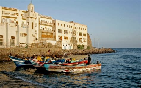 Yemen's Shiite rebels capture palace, consolidate hold